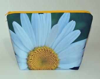 Designer Wild Daisy project bag