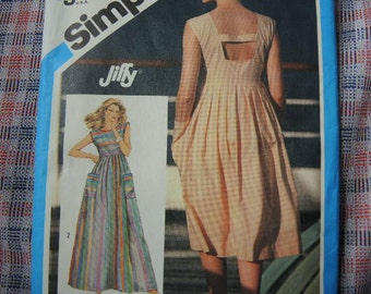 vintage 1980s Simplicity sewing pattern 6392 misses pullover dress in two lengths size 10-12