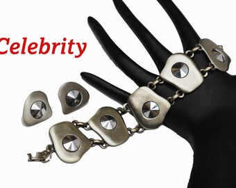 Celebrity Link Bracelet with a gun Metal silver tone modern design and matching clip on earrings