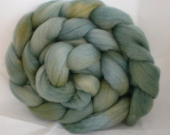 Wool Roving- Pale Eucalypt