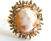 Vintage Art Deco Very Pretty Shell Cameo Ring 14KT Yellow Gold Siffari