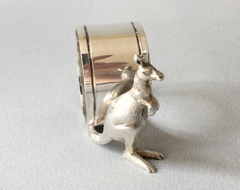 Silver plate kangaroo napkin ring, Stokes & Sons, EPNS serviette ring, Dunklings, Collectable Australian silver plate