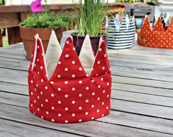 Kid Pretend & dress-up Crown birthday hat- red dots linen