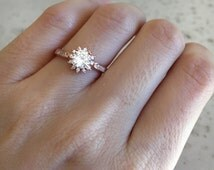 Rose Gold Promise Ring- Flower Ring- Promise Ring for Her- Halo Ring- Engagement Ring- Bridal Ring- CZ Ring- Anniversary Ring- Rose Gold