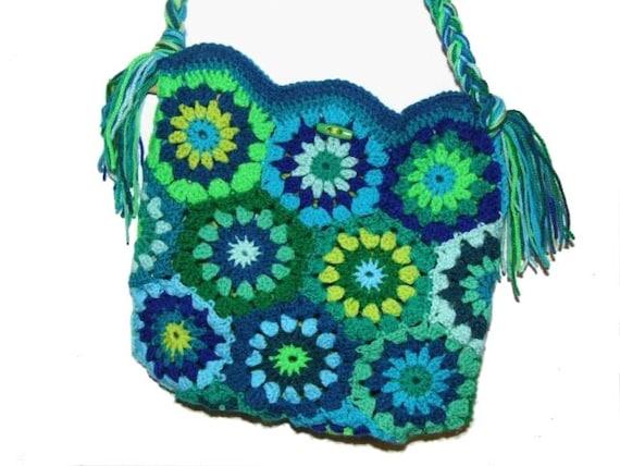 upcicled RETRO HeXagon FloWerS Crochet Bag by creativeisland