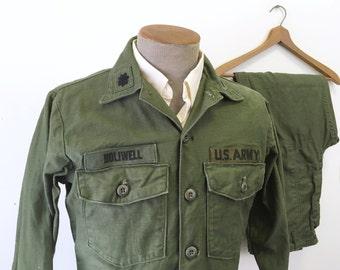 Vietnam Era Vintage Men's Military Green Utility Fatigues U.S. Army Uniform Shirt & Pants / Trousers - Size MEDIUM