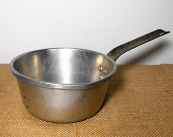 Vintage Pan, Sauce Pan, Small, Wear Ever, Aluminum, Primitive, Old Pan, Pots & Pans