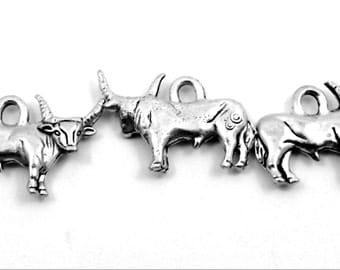 Long Horn Steer or Bull Charm - Set of 3 - Lead Free Pewter - 0072