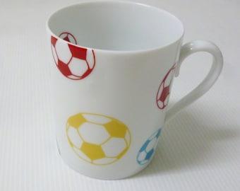 Porcelain mug for all those who don't like football