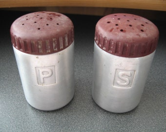 Vintage Reed Aluminum Salt & Pepper Shakers With Chocolate  Brown Lids