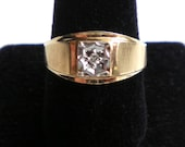 Solid 10K Yellow and White Gold Classic Diamond Solitaire Vintage Ring  4 grams FREE U.S. SHIPPING