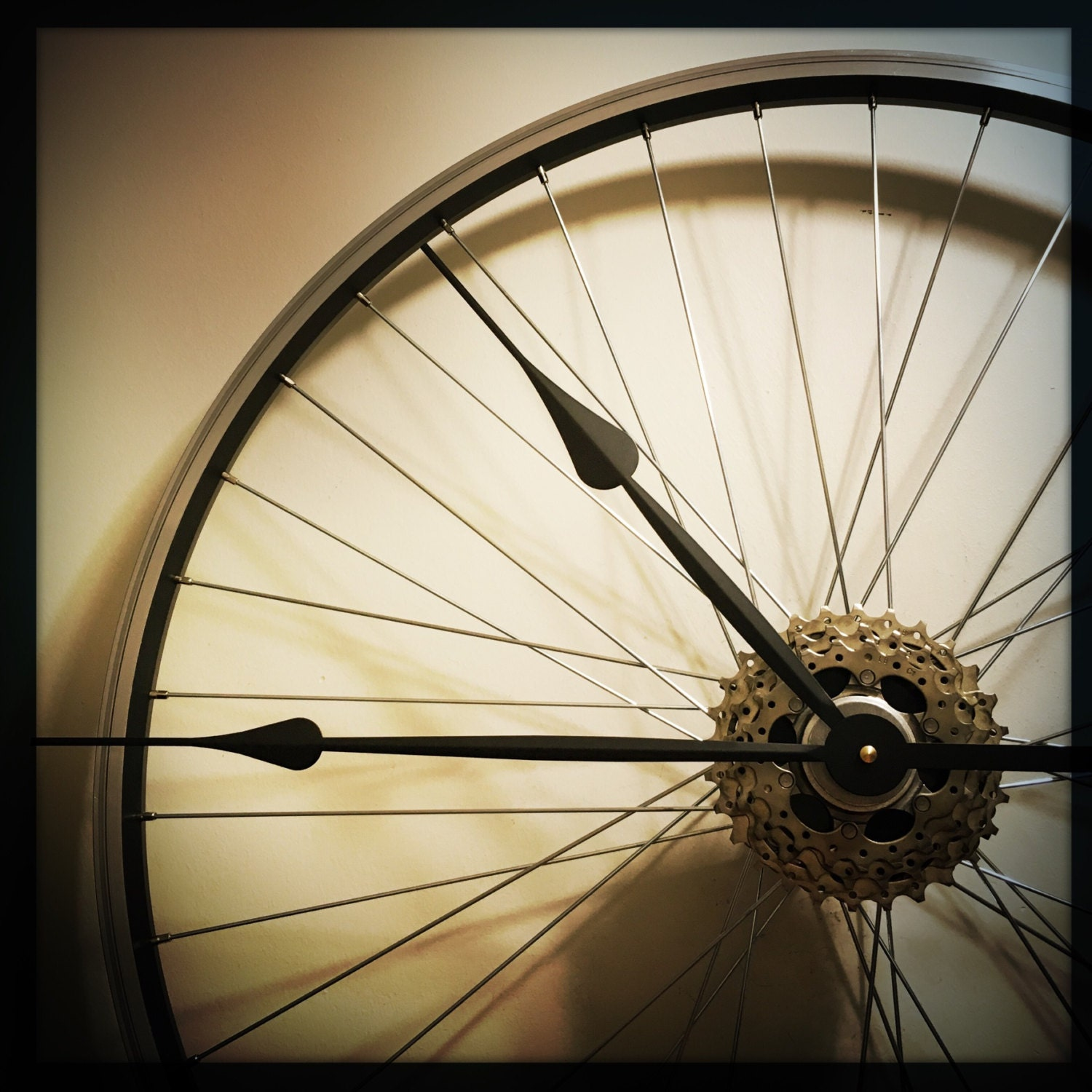 Bicycle wheel clock large wall clock bicycle clock bike for Bicycle wheel wall art