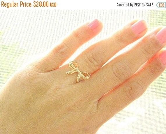 VALENTINES DAY - Knot ring, size 6.5