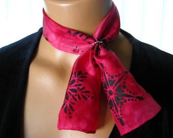 Dark Pink and Black Silk Scarflette. Small Hand Dyed Pink & Red Scarf with Black Snowflakes. 6x24 inch Holiday Neck Scarf. Free Scarf Ring.