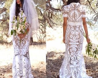 Vintage Lace Wedding Scallop Mermaid Wedding Bohemian Boho Maxi Dress Short Sleeve Saldana Vintage Design