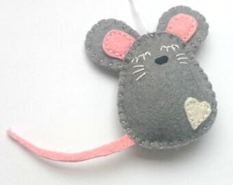 Felt mouse ornament Christmas mice home decor handmande nursery Housewarming Easter decoration Baby shower eco-friendly Holiday gift idea