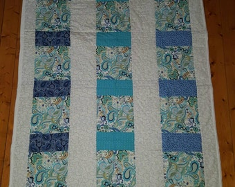 Blue, Teal, and White Paisley Quilt LDT005