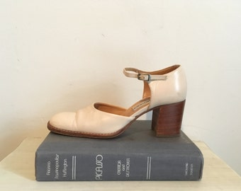 70s cream stacked heel mary-janes, schoolgirl shoes, size 6 - vintage -