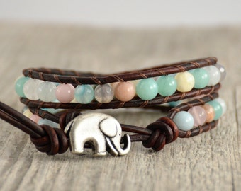 Mixed pastels beaded bracelet. Bohemian chic style jewelry