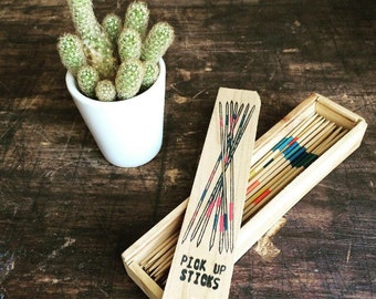 Antique pick up sticks set