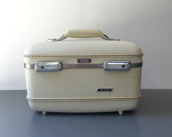 vintage American Tourister train case white hard sided Tri Taper