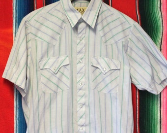 Vintage Western Style Snap Button Up Shirt