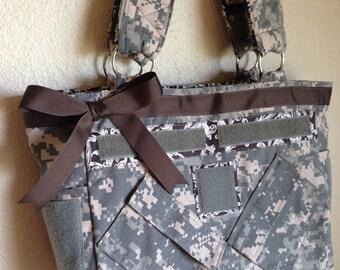 ACU Medium purse