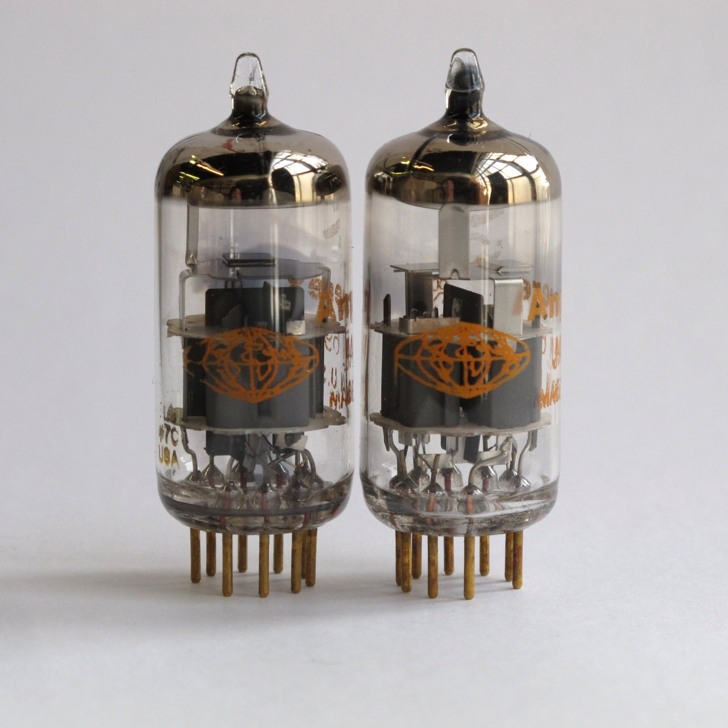 dating amperex tubes 7316=ecc186=12au7 amperex holland short-plate 1959-1965 i will never ever be able to go back to regular tubes after hearing these.
