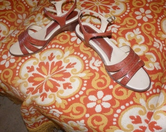 Adorable 70s Leather Mary Jane Sandals // Made in Brazil // Brown Leather // 7-7.5