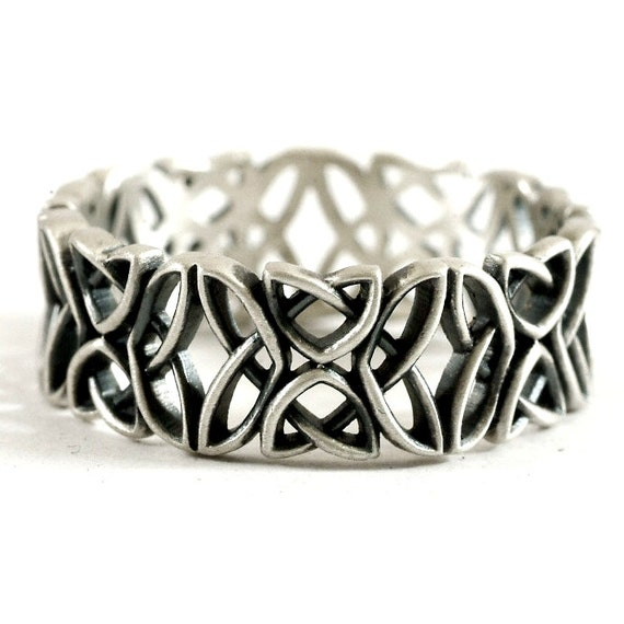 Celtic Wedding Ring With Open Edged Laced Dara Knotwork Design in Sterling Silver, Made in Your Size CR-646