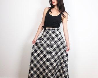 Vintage 1990s Plaid Maxi Skirt Black Off White Tartan Soft Grunge High Waisted 90s Preppy Pendleton Wool Full Length Kilt Skirt S M Medium