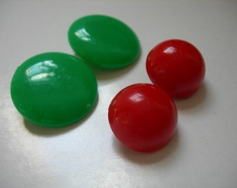 1950s Cherry Red and Jade Green Plastic Clip on Earrings.Vintage,Retro