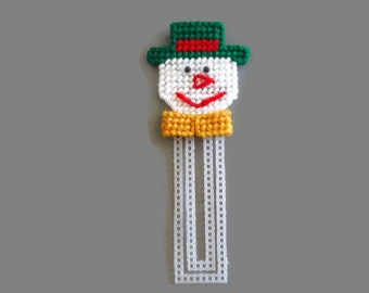 Snowman Christmas Bookmark // Needlepoint on Plastic Canvas // Holiday Bookmark // Christmas gifts for Kids // Bookmark for kids