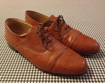 1980's, brown leather, spectator wingtips, by Rodolfo Valentino, Men's size 9