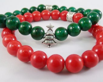 Set of Two CHRISTMAS Stretch BRACELETS Mountain Dyed Jade Green Red Christmas Tree Charm