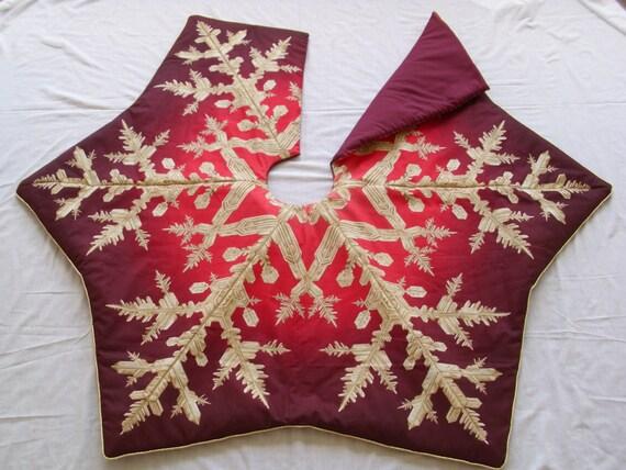 Burgundy & Gold Snowflake Tree Skirt By TreeSkirtsbyPatricia