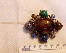 Vtg EXQUISITE Pin Brooch United Kingdom Pewter Tone Metal Polished Natural Stones Heavy
