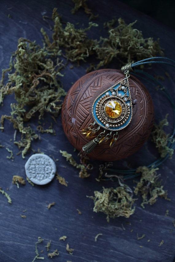 Ethnic blue pendant, indian pendant Swarovski, Ethnic dark blue pendant, tibetan jewelry