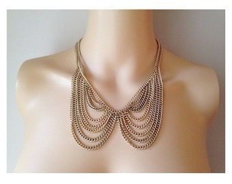 Antique Peter Pan Gold Chain Collar Necklace