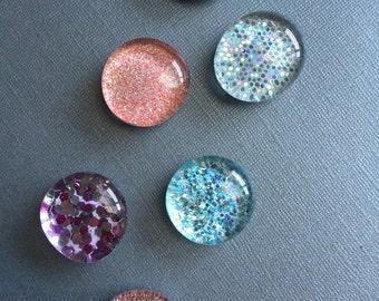 Beautiful glitter magnets