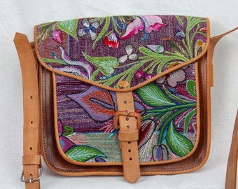 SALE!! Handmade Leather Purse- Embroidered Fabric from Zinacatan- 100% Leather- Boho- Trendy
