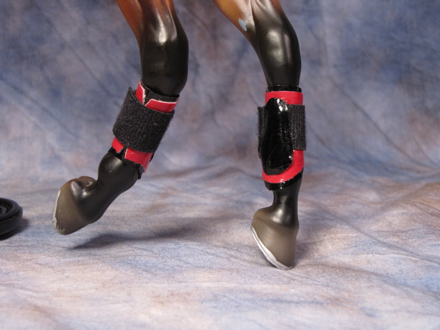 model splint boots for traditional scale horses
