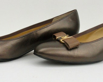 1980s Bronze Leather Pumps, Vintage 1980 Selby Comfort Flex BrownBronze Shoes Sz 8 Medium Near Mint, 80s Leather Shoes for Office for Work