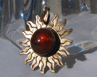 Beautiful Artisan Crafted Aztec Sun Pendant, Vintage Sterling Silver and Baltic Amber with Occlusions