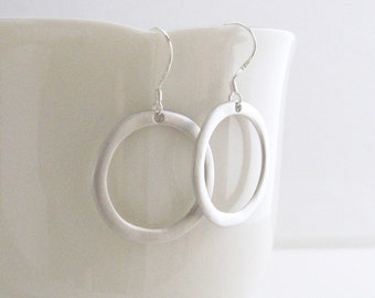 Simple Silver Hoop Earrings, Silver Circle Earrings, Silver Dangle Earrings, Minimalist Earrings, Silver or Gold - Sterling / Gold Ear Wires