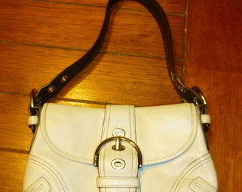 Authentic  Coach  HOBO purse  a must have for Spring