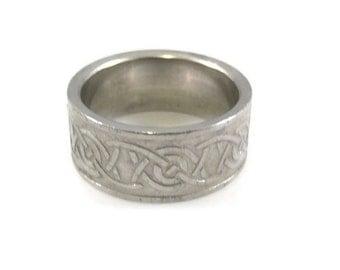 Silver Tone Celtic Design Band - Size 10