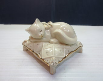 Lenox Dreaming Away Cat Sculpture, Ivory Fine China, 24 Karat Gold