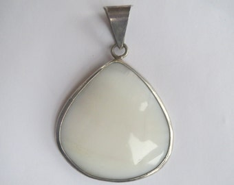 Handcrafted Large  Sterling Silver  Shell  MOP  Beach  Pendant