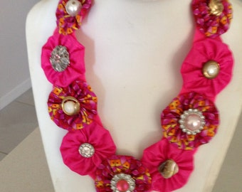 Shabby chic fabric necklace